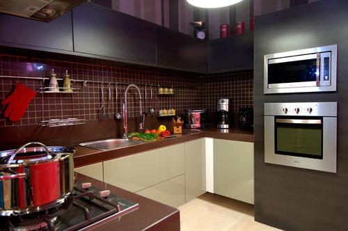 Cozinha pastilha marrom - Oficina Fluir