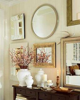 Espelhos na parede - Imagem do site Mundo das tribos