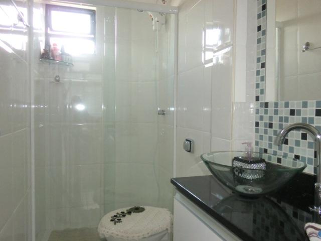 Banheiro pequeno  Design de Interiores  Jaqueline Ribeiro # Banheiros Pequenos Com Pastilhas Azuis