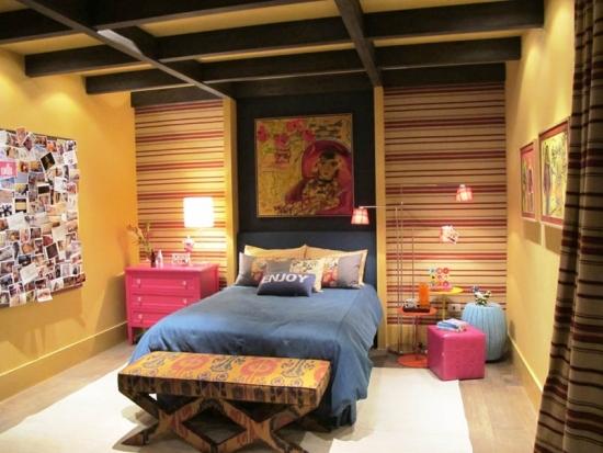 quarto-colorido-casa-de-campo